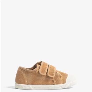 zara used sneakers